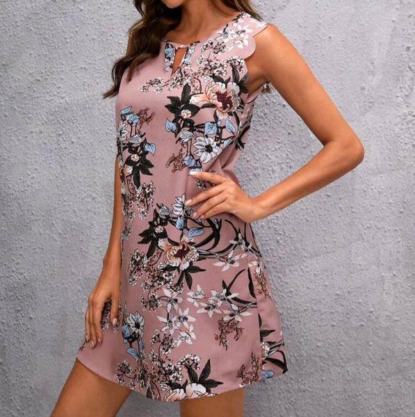 Scallop trim dress picture