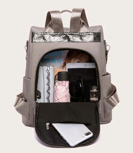 Block backpack picture