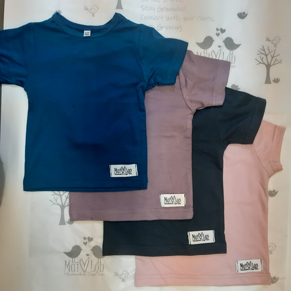 Kids t-shirts picture