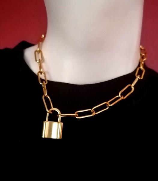Cabline-lock necklace picture