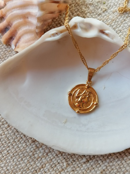 Romeo coin necklace picture