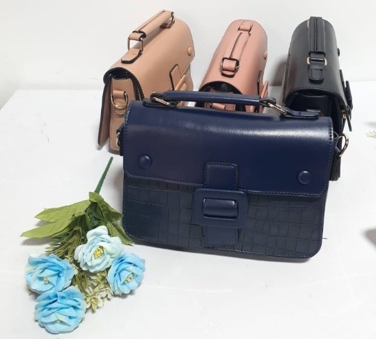 Leather type satchel bag picture
