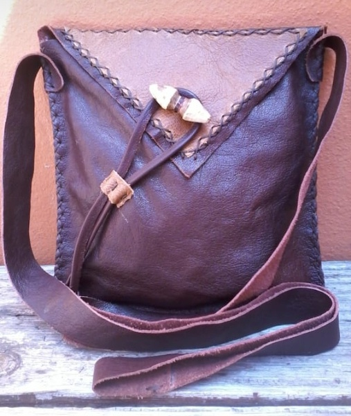 ⏭️mandy leather bags picture