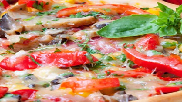 Bollywood pizza picture