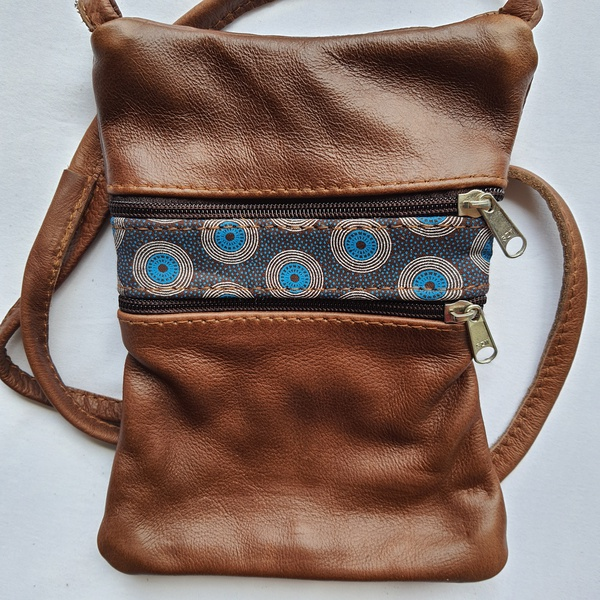 #26 white, blue & brown shweshwe strip   brown leather picture