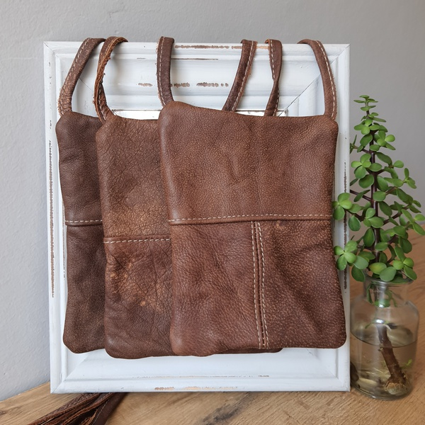 #42a rusty light caramel leather sling bag picture