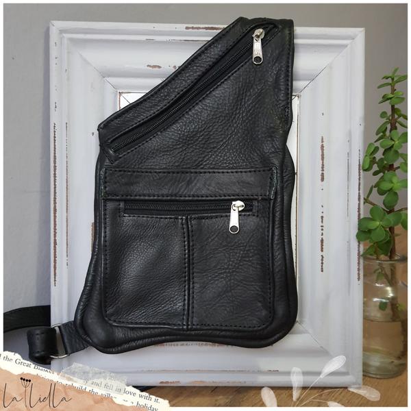 #40 sling crossbody bag - black picture