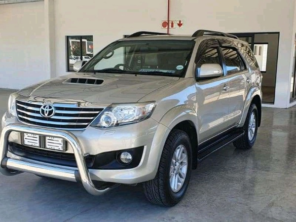 2013 toyota fortuner 3.0d4d auto picture