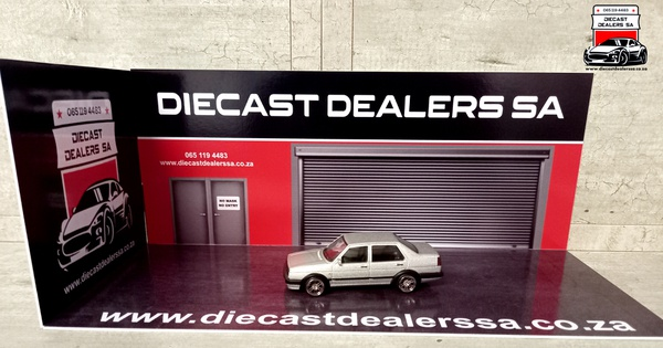 Diecast dealers sa diorama car not included picture