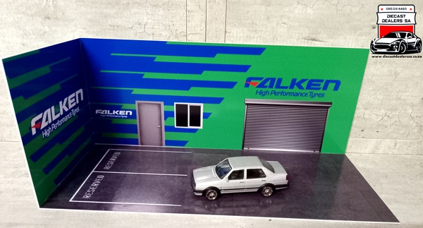 Falken diorama car not included picture