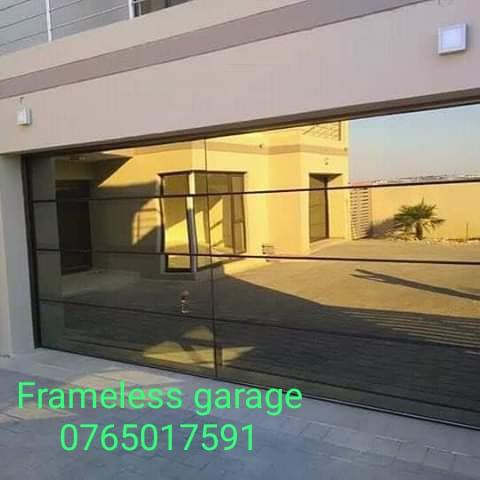 aluminium garage door picture