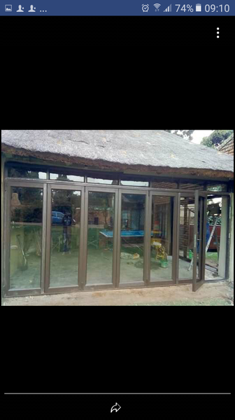 Aluminium sliding doors picture
