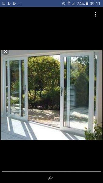 Aluminium sliding doors picture