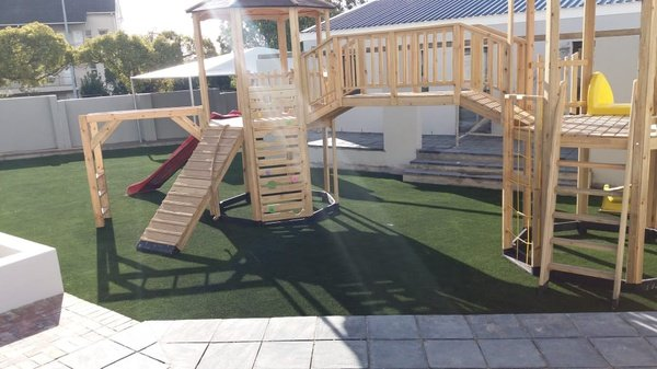 ARTIFICIAL GRASS picture
