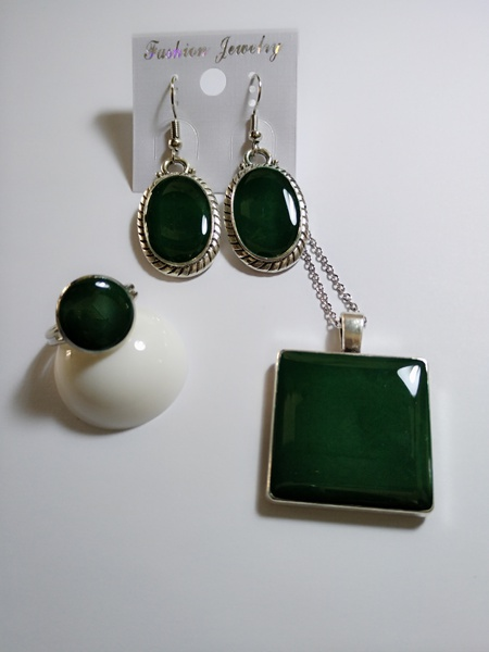 Emerald envy picture